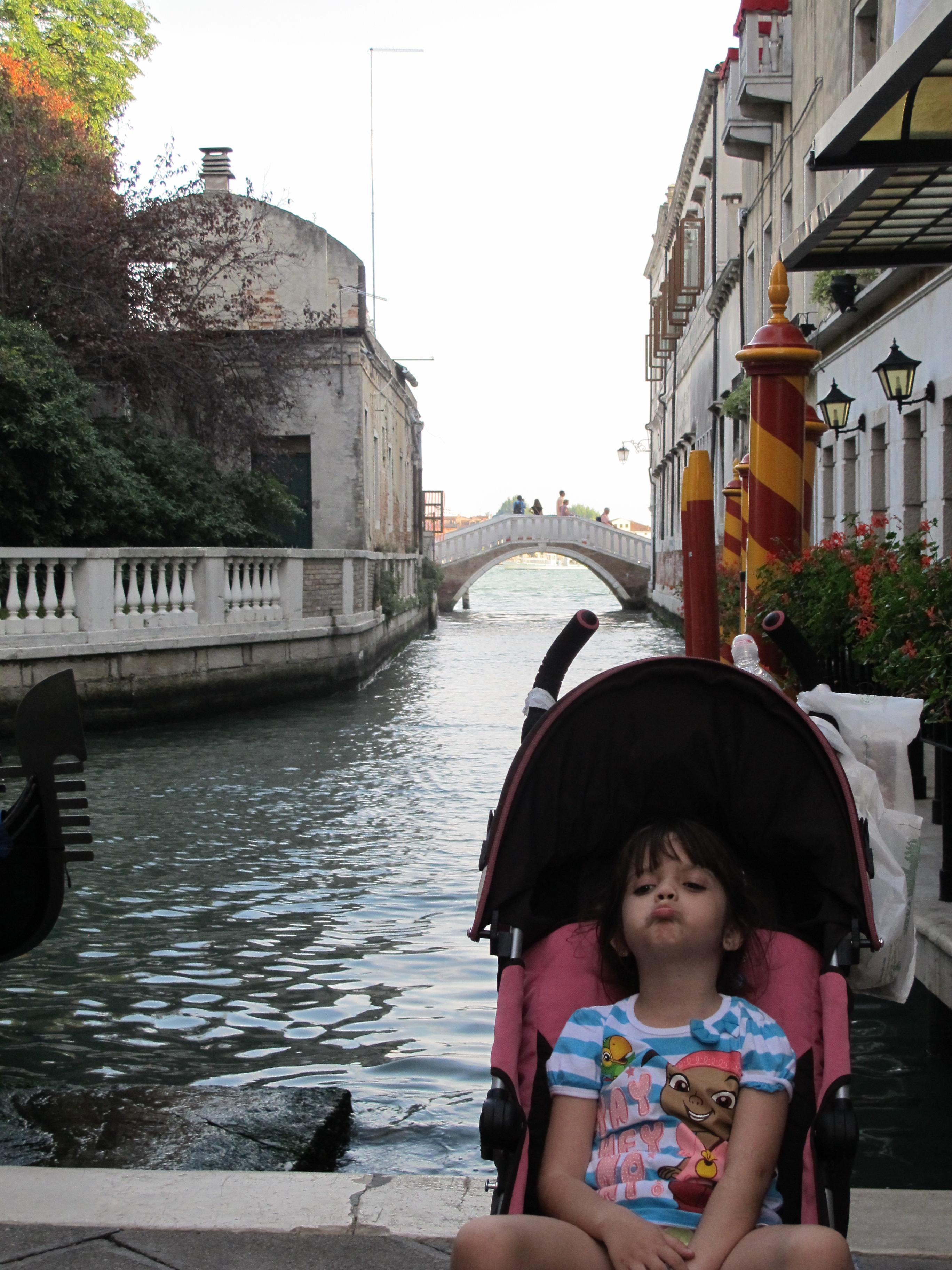 Lembre-se de não levar carrinho para Veneza!!!