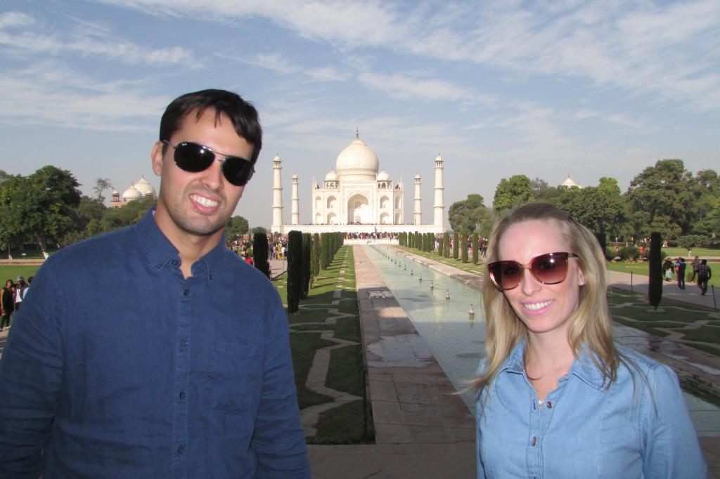 Chênia e Luiz, vivendo na Ìndia!