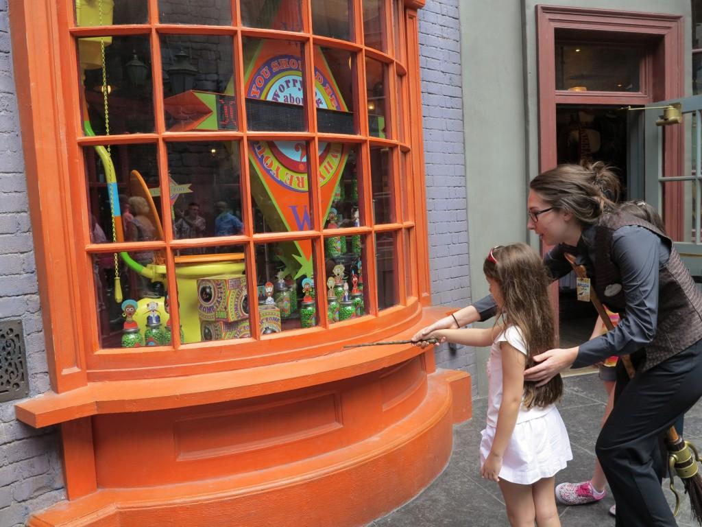 A maioria das vitrines possuem feitiços para praticar