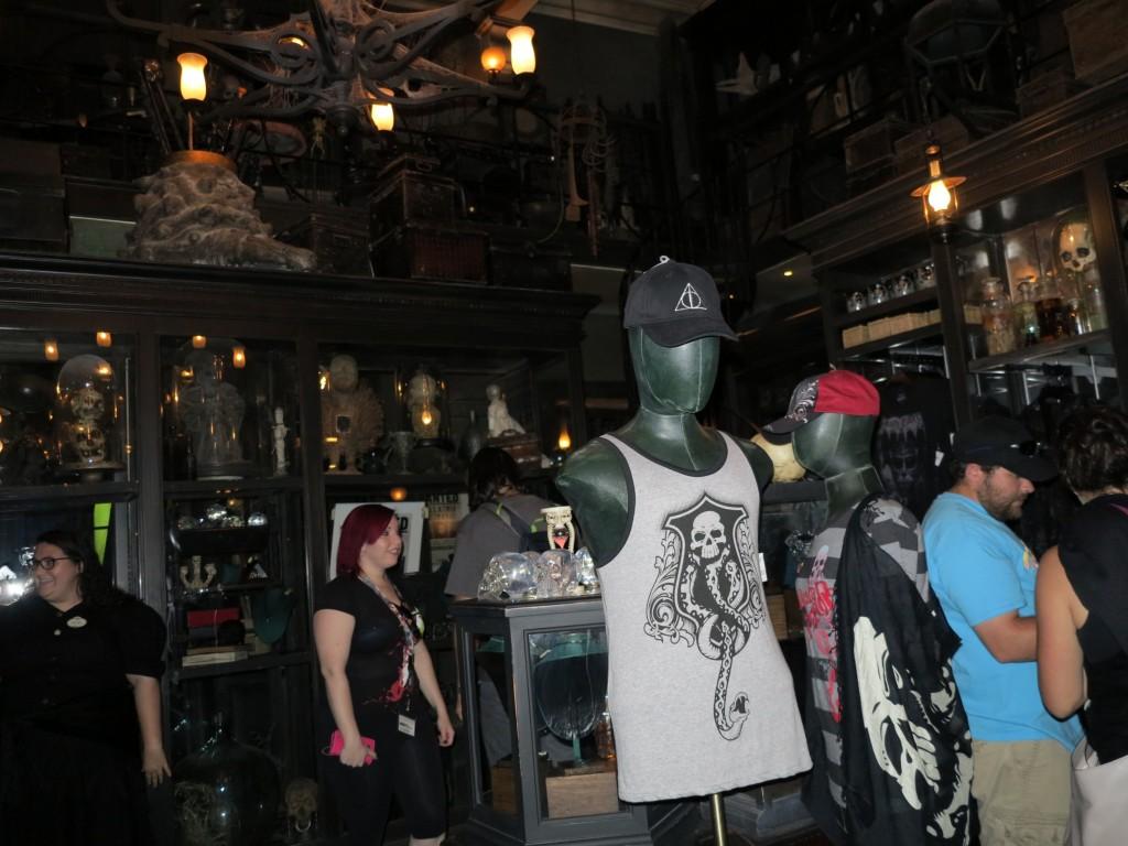 Interior da Borgin & Burke - ótima loja!