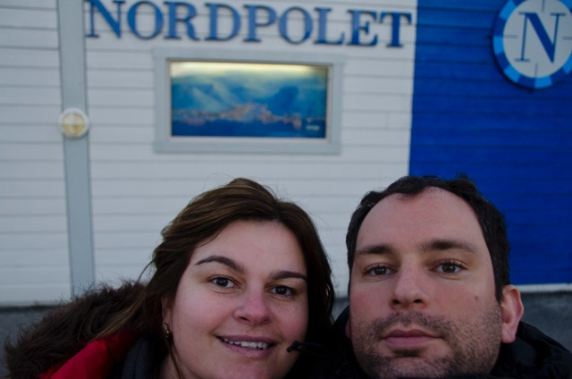 Foto do Polo Norte no Aeroporto de  Svalbard