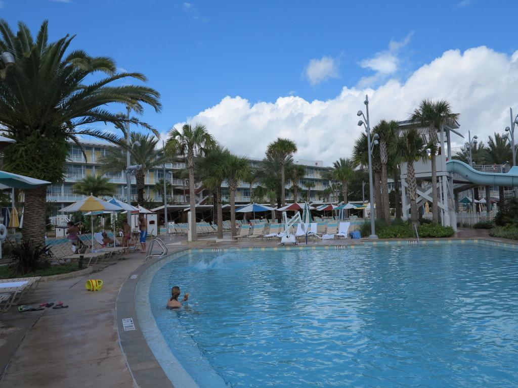 Mais uma vista da piscina.