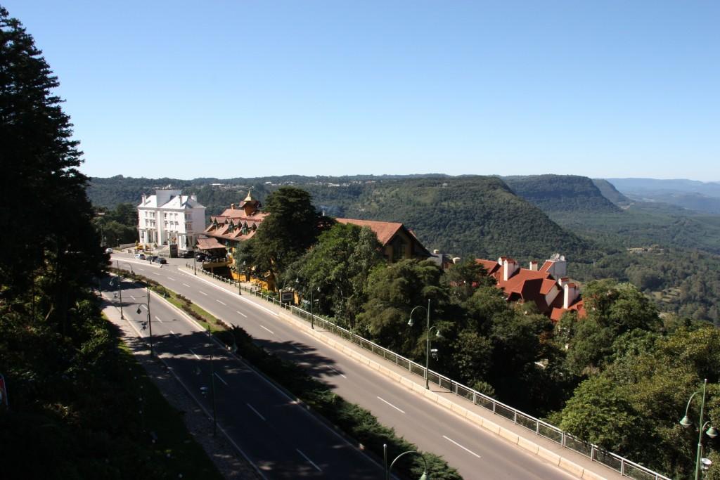 Belvedere da Aldeia do Papai Noel, uma das mais lindas vistas de Gramado!