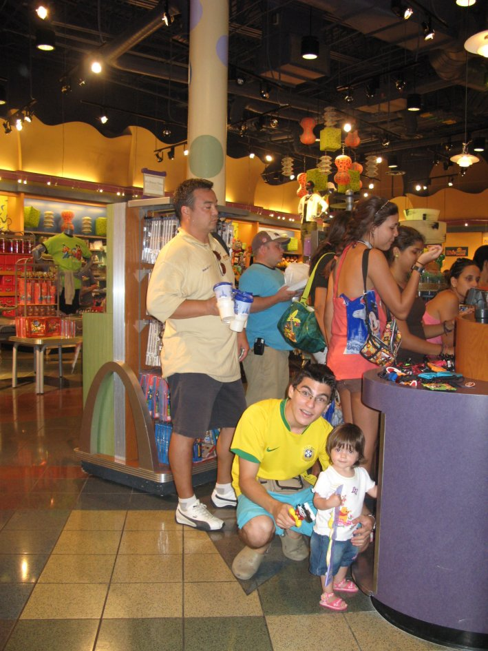 Interior da Lojinha do Pop Century