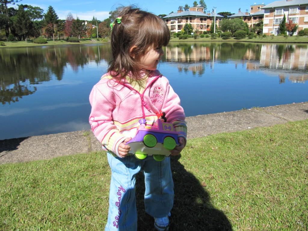 As crianças adoram este passeio, correndo pelos gramados no meio da natureza!