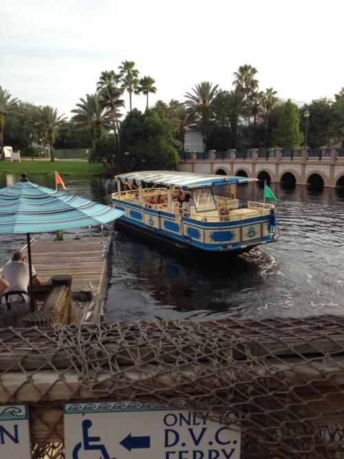 Barco para Downtown Disney